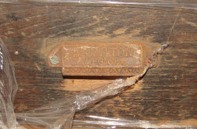 image: Hamilton composing table drawer handle.png